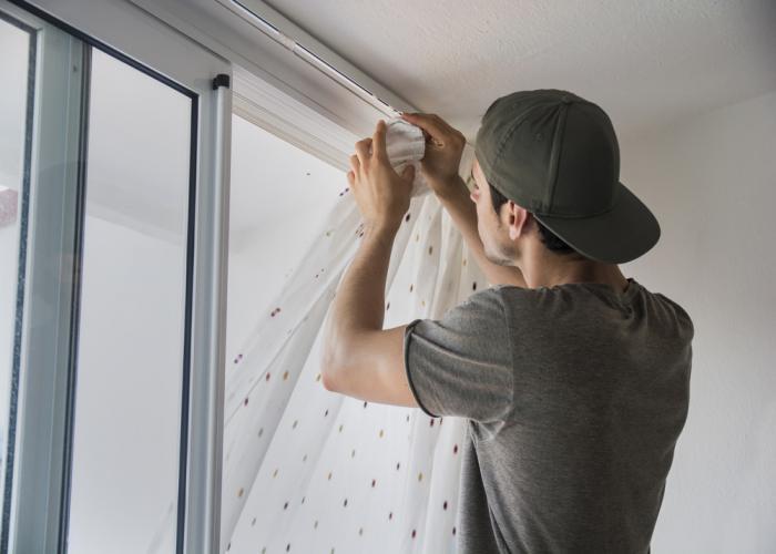 Best Curtain Installation Dubai